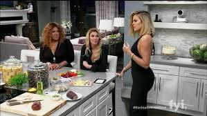 Kitchen Khloe Kardashian Stunning On In Decor 11