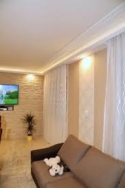 wohnzimmer stuckleisten deckengestaltung led beleuchtung