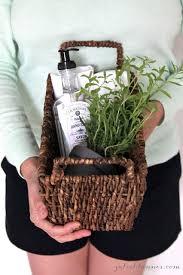 House Warming Gifts Best 25 Housewarming Ideas On Pinterest Hostess