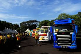 FOTO: Pameran Truk Modifikasi Truck Cakep Only Used Ford Transit 350 Mwb Skip Truck Only 118k In Lichfield For Tnl Kenya On Twitter Special Offer This Exuk Mercedesbenz 2006 Freightliner Cl120 Sleeper Tractor Truck Sales Less Vnl Shop V14 127 Templates The Only Burger Read All About Completely Customized 1948 Chevy Pickup 2007 Tandem Mack Rs700 Rubber Duck Only Update Truck Mod Ets2 Mod Thanks Schneider Guy Manages To Hit My A Near Cc Capsule 1972 Dodge D200 Fuselage Driving Erbs New Prostar With Allison Tc10 News Classic Buyers Guide Ramongentry