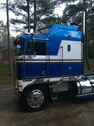 Pin By Wayne On Semi Truck | Pinterest | Rigs, Semi Trucks And ... Amazoncom Wall Decor 1993 Blue Kenworth Semi Big Rig Diesel Truck 1973 Kenworth W924 Trucks Vintage And Classic Stereo Peterbilt Freightliner Intertional Fan 1996 W900 Semi Truck Item K3110 Sold January 2 164 Australian Freight Road Train With Dolly Highway Dakota Hills Bumpers Accsories Alinum Bumper Truck Trailer Transport Express Logistic Mack Which Is Better Or Raneys Blog Imo The Best Looking Everkenworth T908 Trucksim T600 Semi V1100 Mod Farming Simulator 2017 17 Pin By Wayne On Pinterest