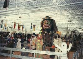Christmas Tree Shop Syracuse Ny Flyer by Switz U0027s Halloween Display 1986 Everybody Went There To See The