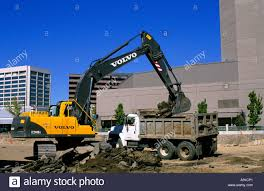 Volvo Earth Mover Stock Photos & Volvo Earth Mover Stock Images - Alamy Large Track Hoe Excavator Filling A Dump Truck With Rock And Soil Train Strikes Dump Truck In Taylorsville 2015 Rayco Rct80 New Kubota Diesel Made In Usa Two Trains Hit Killing Driver Morooka Mst1100 Crawler Carrier 5 Ton Capacity Haul Wikipedia Jellydog Toy Tumble Set Car Twister Electric Injured When Flips Near Weymouth Train Tracks News Tracked All Nodwell At Pioneer Rentals Dumptruck