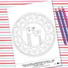 Dessin Elephant Couleur Les Doux Geants Dessins Au Crayon De