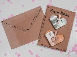 herzen falten aus geldscheinen diy geschenk für hochzeit
