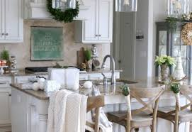 PRACTICAL AND AESTHETIC KITCHEN LIGHTING TO MODERNIZE YOUR