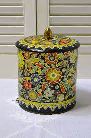 Daher Decorated Ware Tin Tray by Vintage Tin Flowers Made In England Decorative Storage Black