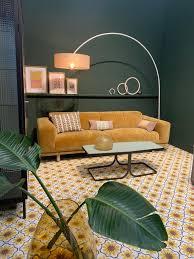imm cologne 2019 gelbes wohnzimmer grüne wohnzimmer