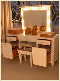 not only is this makeup table gorgeous and with great lighting it