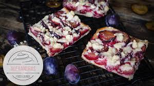 zwetschgenkuchen mit quark öl teig einfacher pflaumenkuchen