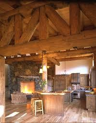 Rustic Log Cabin Kitchen Ideas by Best 25 Log House Kitchen Ideas On Pinterest Cabin Homes Log
