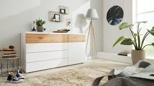 interliving schlafzimmer serie 1019 kombikommode 523045 wildeiche weißer mattlack vier schubladen eine tür
