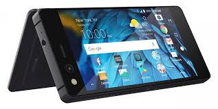 Hands on with the ZTE Axon M—A pelling Modern Dual Screen