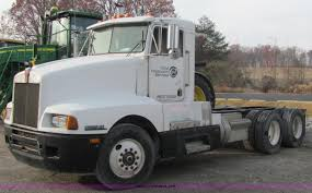 1989 Kenworth T600 Semi Truck   Item C2967   SOLD! December ... 2007 Kenworth T800 Semi Truck For Sale Sold At Auction May 21 Eby Trailers And Truck Bodies Heavyduty Mediumduty Flatbed Ruble Sales Home 2009 Intertional Prostar Trucks In Ohio Video Used Semi Trucks For Sale Tractor Archives 7th And Pattison Quality Companies 1993 9400 Item B4933 Sold Sept Nice Yellow Kenworth T 600 Wa Custom Indiana New At Traler