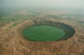 10 Largest Impact Craters On Earth
