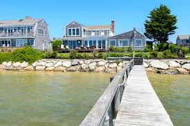100 Best Dream Houses Choose Cape Cod Waterfront Homes For Sale Cape Cod Homes