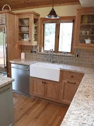 Kitchen Backsplash Ideas With Dark Oak Cabinets by Kitchen Color Ideas With Dark Wood Cabinets Home Design Ideas
