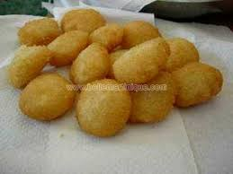 cuisiner le manioc beignet de manioc recette de chef