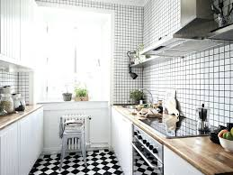 cuisine blanc et noir carrelage cuisine blanc et noir sols cuisine chaises bar carrelage