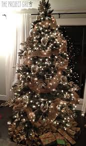 Pull Up Christmas Tree With Lights Holiday Decorating Style Natural And Burlap Her Decorations Are Gorgeous Img 0633