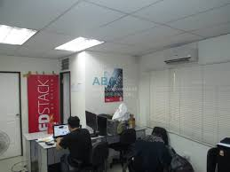 100 Office Space Image For Rent 300 Sqm With Parking Slot Near Boni
