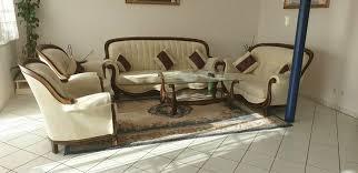 wohnzimmer tisch schränke spiegel handarbeit echtholz