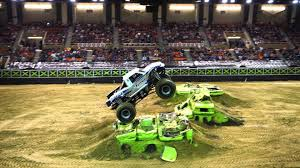 Buy Traxxas Monster Truck Destruction Tour Tickets From ETickets.ca ...