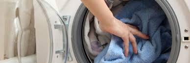 odeur linge machine a laver comment nettoyer sa machine à laver le de la machine du voisin
