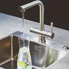 sodaarmatur sprudelwasser aus dem wasserhahn