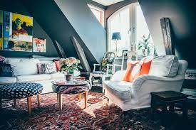 wohnzimmer auf dem dachboden echtes symbol für