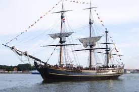 hurricane sandy captain remains missing crew member found