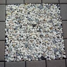 China 30X30cm Cheap Price Natural Pebbles Stone For Outdoor Deck Flooring