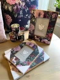 deko kissen bilderrahmen blumen floral wohnzimmer ambia rosa