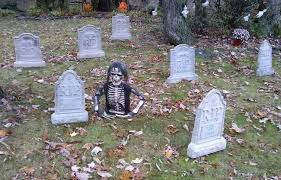Funny Halloween Tombstones For Sale by Diy Halloween Graveyard Spooky Cheap U0026 Easy