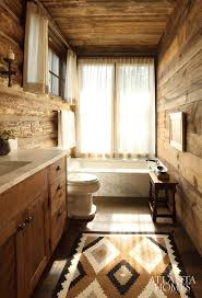 Guest Bathroom Decor Ideas Pinterest by Best 25 Rustic Cabin Bathroom Ideas On Pinterest Cabin