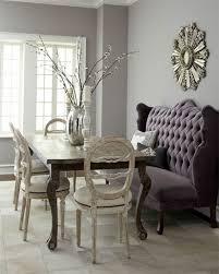 canape capitonn gris 80 idées d intérieur pour associer la couleur prune