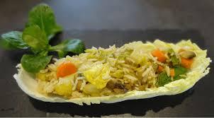 cuisiner le chou chinois cuit idée repas végétarien chou chinois riz et petits légumes