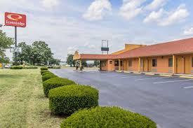 Econo Lodge - UPDATED 2018 Prices, Reviews & Photos (Cornersville ...