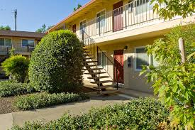 2 Bedroom Apartments Chico Ca by Chico Apartments At 7th Street Manor Clean Housing Available