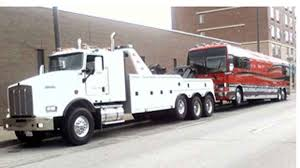 100 Big Truck Towing Heavy Queens Brooklyn NY Heavy Recovery