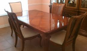 Thomasville Cherry Dining Room Set Table And Chairs Roomble Seats Dimensions