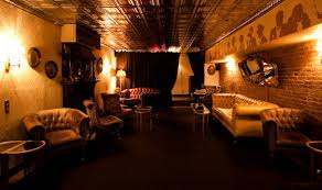 Bathtub Gin Nyc Burlesque by A Prohibition Bar Crawl Through Nyc