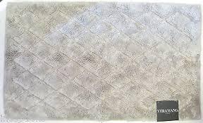 Vera Wang Cotton Blend Bath Rug 21x 34 Diamond Pattern Icy Grey NEW