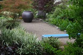 Pea Gravel Patio Images by Pea Gravel Patio With Blue Bench Ways To Coat Pea Gravel Patio