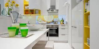weg mit fliesen die küche mit glas oder tapete gestalten