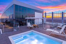 100 Palms Place Hotel And Spa At The Palms Las Vegas Phil Maloof Seeks 15 Million For Flashy Penthouse