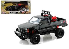 1992 Chevrolet 454 SS Pickup Truck Off Road Black 1/24 Scale Diecast ...