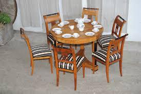 Biedermeier Sofa Zu Verkaufen by Biedermeier Tisch Mit 6 Stühlen Kirsche Antik Im Hof