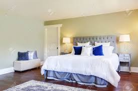 100 Bedroom Green Walls Luxurious Master Bedroom With Green Walls And White And Blue