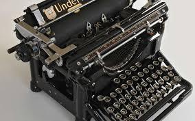 définition machine à écrire futura maison